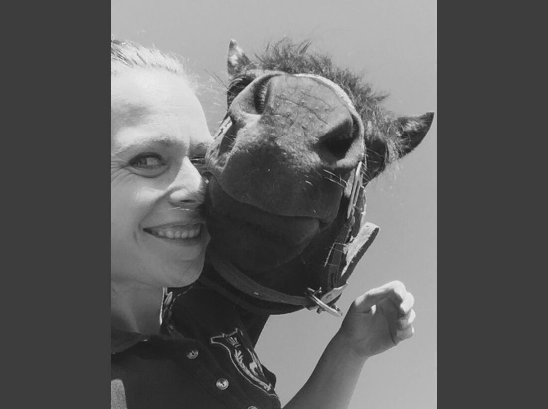 CAV Leserfotos Selfies Pferde Neele