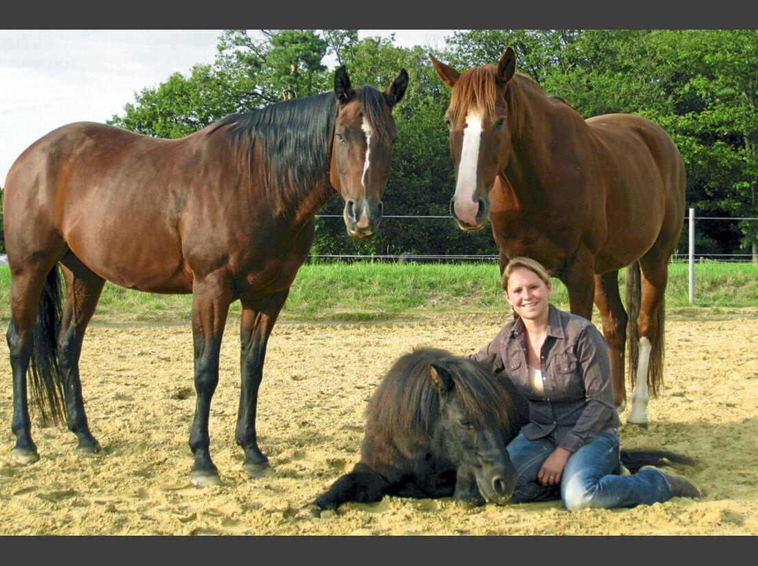 CAV-Pferd-und-Jagd-2014-Claudia-Miller-Dagmar-Miller (jpg)